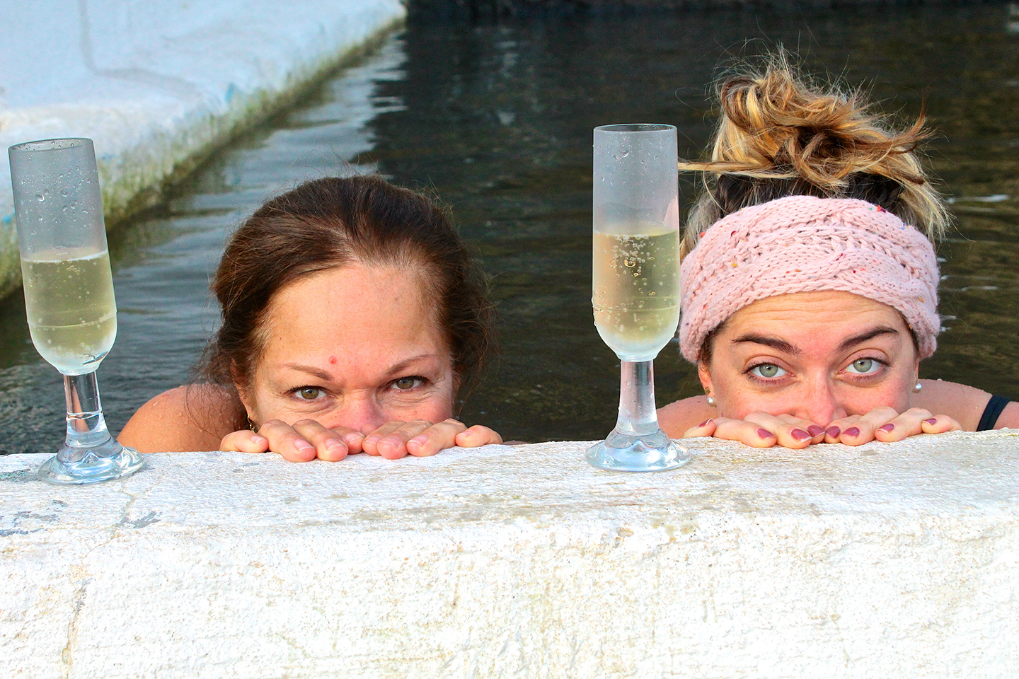 Foodies having champagne in a pool – Gourmet Golden Circle, Magical Iceland
